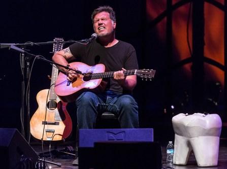 Singer/songwriter Richard Buckner and ze beeg tooth 7/16/16 Lobero Theatre