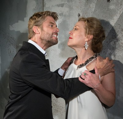 Jamison Jones as Macbeth and Kathryn Meisle as Lady Macbeth 9/18/16 New Vic Theatre