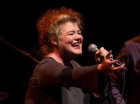 Singer Maura O'Connell at the Lobero Theatre 10/3/16