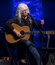 Arlo Guthrie telling tales at the Lobero Theatre 4/11/17