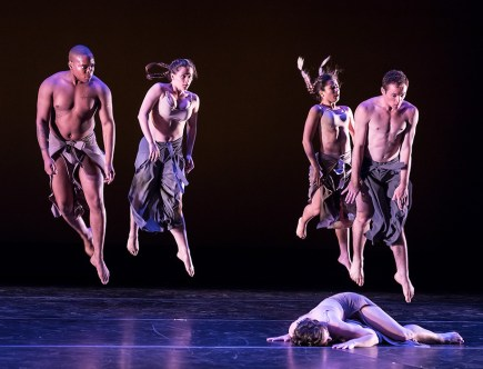 """Buffalo"" by Stephanie Guilliland - UCSB Theater & Dance Spring Dance Concert 4/13/17 Hatlen Theater"