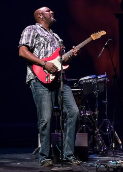 Tarigh Akoni guesting on Stratocaster - Sings Like Hell 4/22/17 The Lobero Theatre