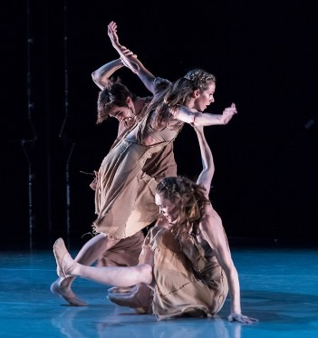 """Mauricio Ver, Anna Carnes & Meredith Harrill in Gina Patterson's """"The Call"""" - State Street Ballet 5/12/17 The New Vic Theatre"""