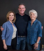 """Sharon Lawrence and Meredith Baxter with Director Cameron Watson - Ensemble Theatre Co. """"The City of Conversation"""" rehearsal"""