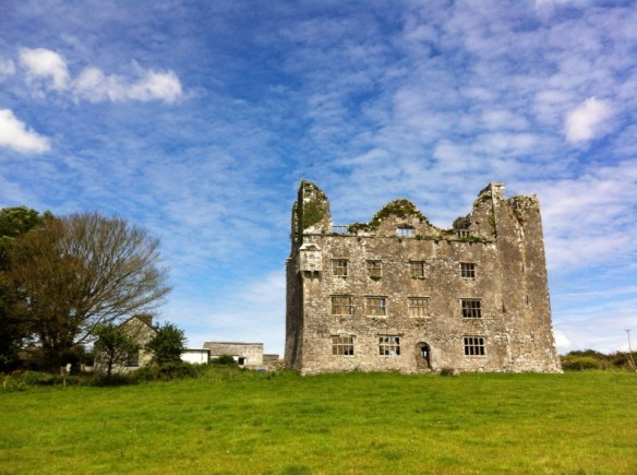 Leamanagh-Castle