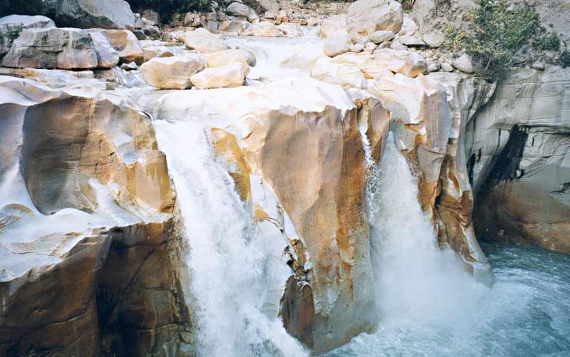 Wallpapers Gallery Falls Gangotri With Swami Sunderanand And Pir Vilayat S Urs