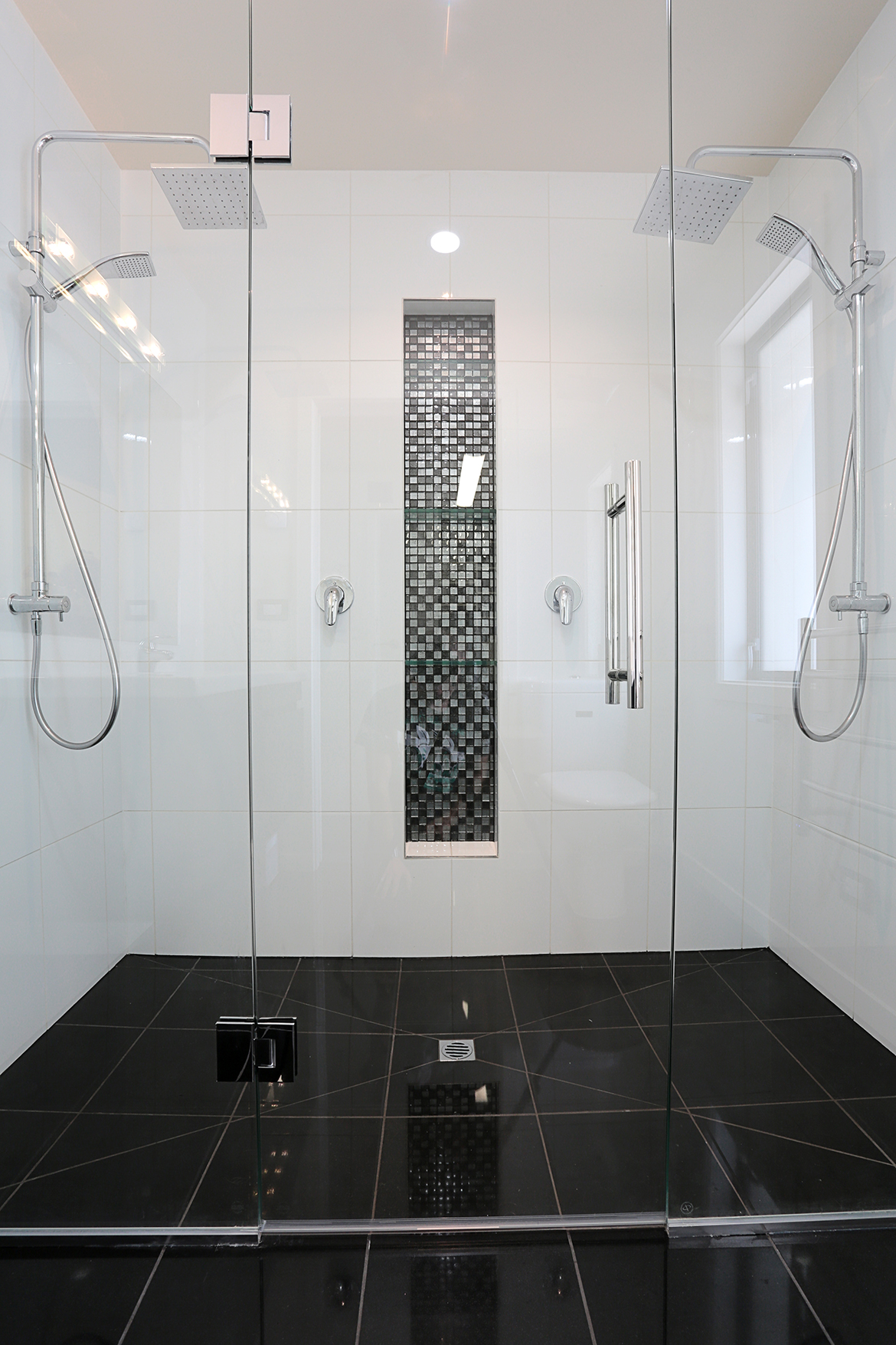 Black Tiled Bathroom Bathrooms Inspiration Modern Bathroom Ideas 2018