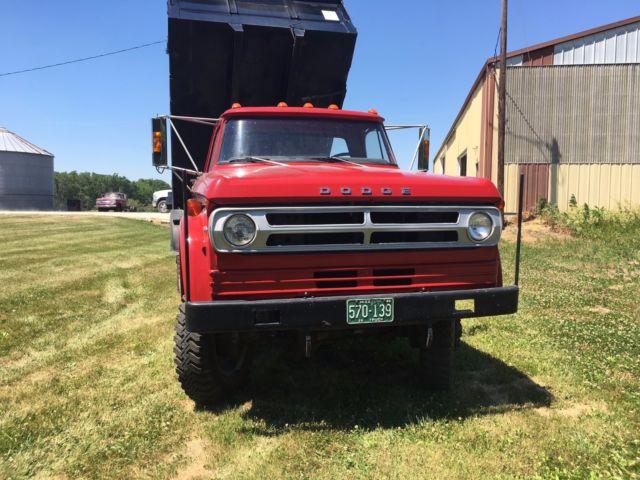 1972 dodge dump truck