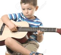 Cần gia sư dạy đàn Guitar tại nhà