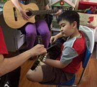 Dạy đánh đàn Guitar tại quận 4