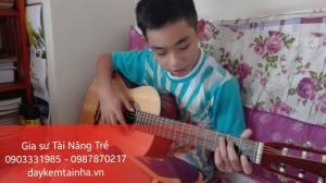 Nhận gia sư dạy đàn Guitar tại quận Bình Tân