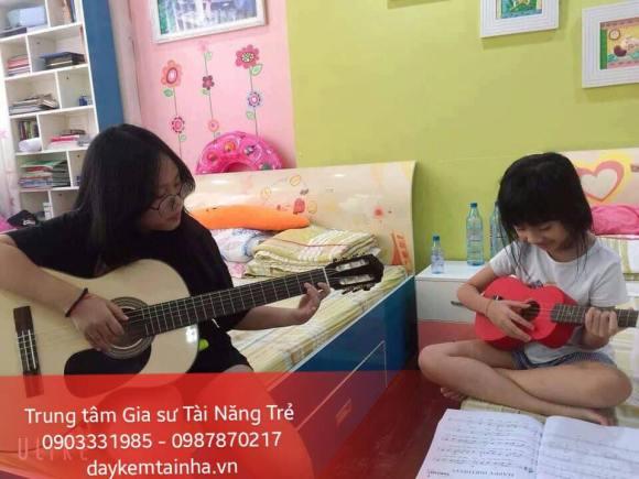 Nhận dạy kèm Guitar tại nhà