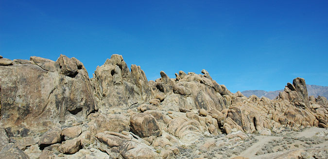 Alabama Hills rock piles are similar to Joshua Tree