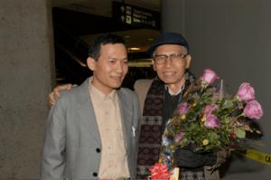 Hoàng Mình Chính (phải) & Nguyễn Sĩ Bình (trái)