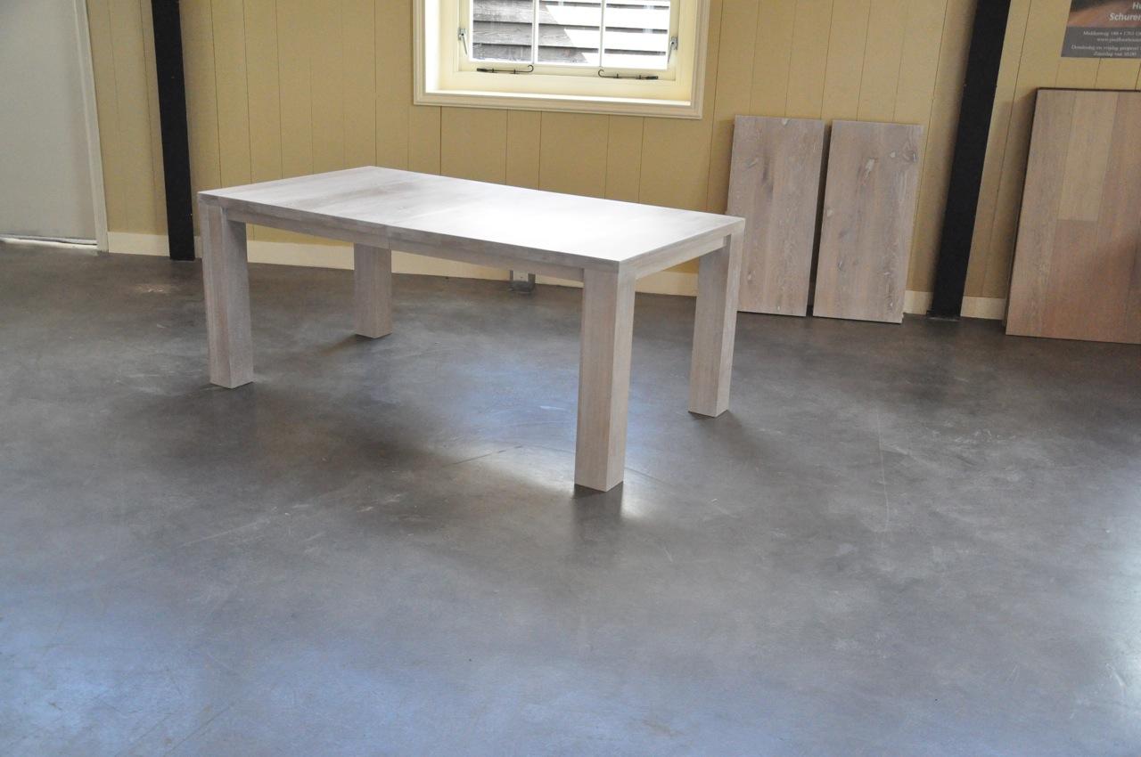 Wit Eiken Tafel : Eettafel eiken vloer oplevering eiken visgraat vloer eiken tafel