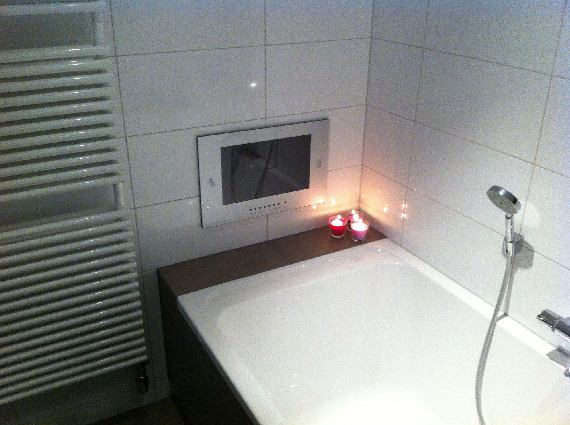 Einbau Lautsprecher Badezimmer