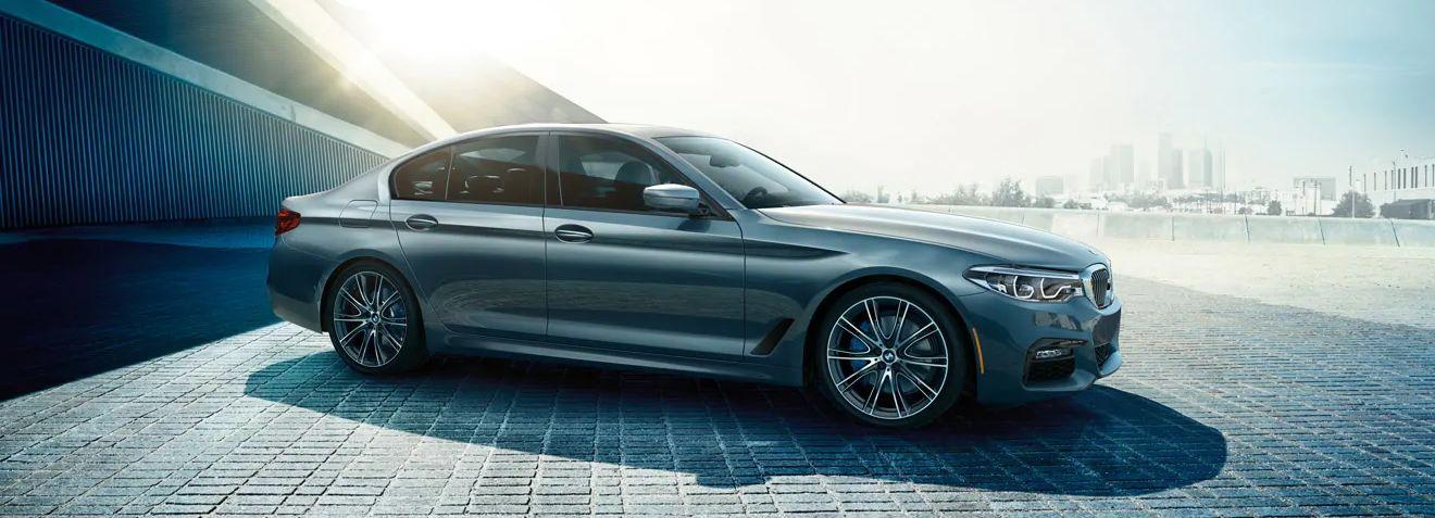 2019 BMW 5 Series Financing near Dallas, TX - Classic BMW