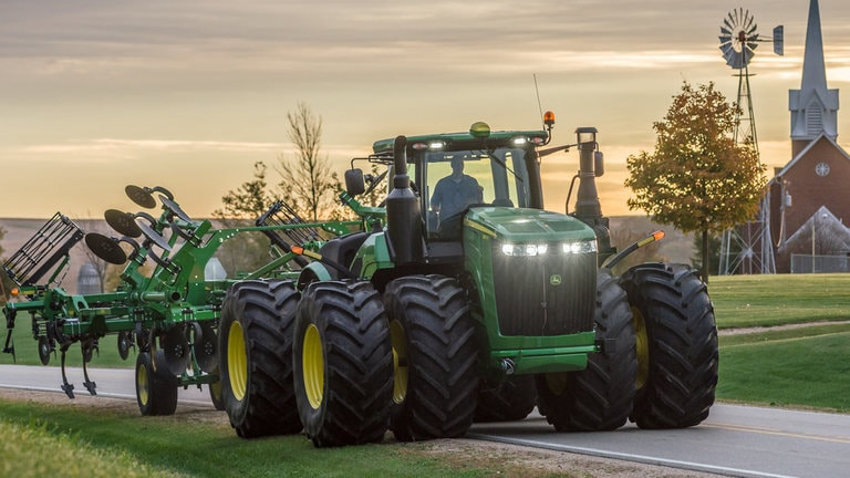 9520RT Tractor - New 9 Family 4WD  Track Tractors - Reynolds Farm