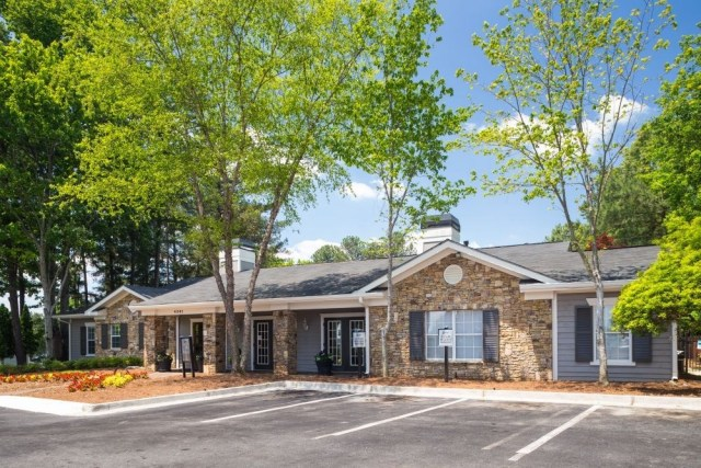 paramont apartments in duluth ga sold to sage equities lance