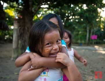 ...durante nuestra visita a una comunidad Kichwa a las orillas del Río Napo, en Ecuador.