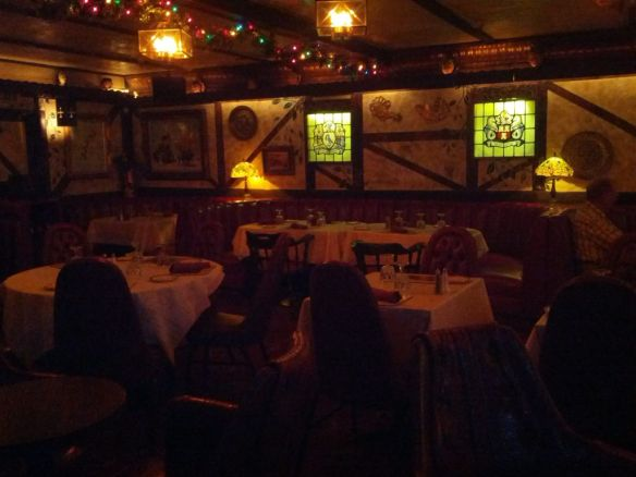 Bar dining room at Lyons - image by The Jab