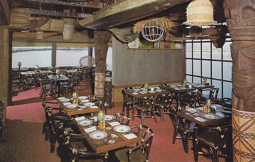 Trader Vic's, Emeryville - postcard image via hmdavid on Flickr