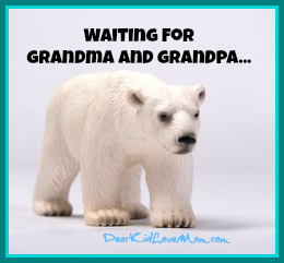 polar bear waiting for grandma and grandpa DearKidLoveMom.com