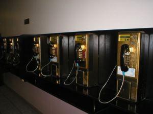 telephone-payphone-bank