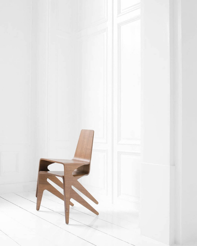 Asymmetrischer stuhl casamania  Asymmetrischer Stuhl Casamania - Design