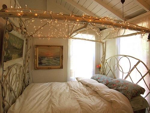 16 Romantische Ideen Mit LED Lichterketten Zum Valentinstag   Schlafzimmer  Deko Lichterkette