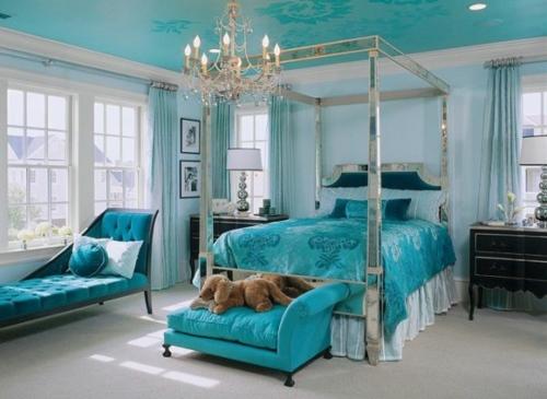 Wohntrends 2013 - trendige Wandfarbe und Wohndeko in türkis und grün - schlafzimmer in turkis