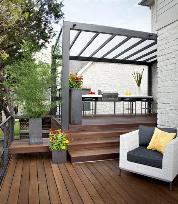 30 Ideen für Sonnenschutz im Garten - Pergola, Sonnensegel, Vordach - kuche im garten balkon grill