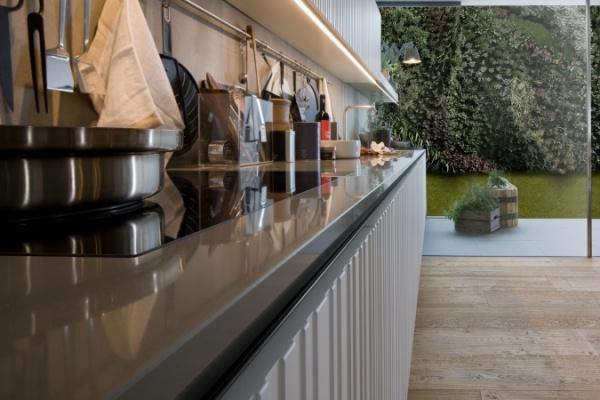 Glamouröse Italienische Küchen Kombinieren Glas, Holz Und   Italienische  Kuechen Gamma Arclinea