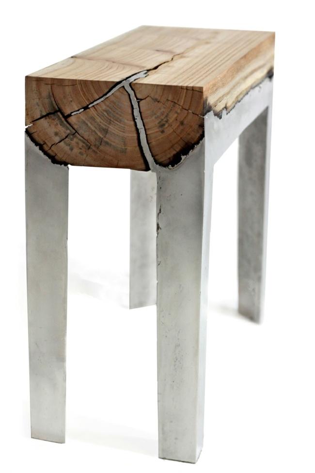 Holztisch mit Metallgestell beeindruckt mit minimalistischer Ästhetik - designer stuehle metall baumstamm