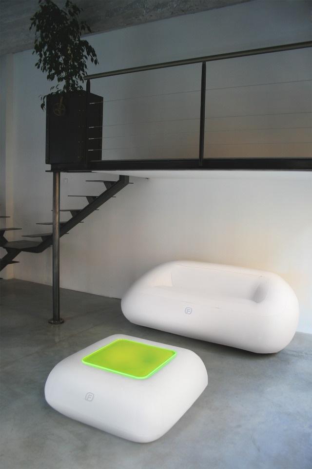 Led Beleuchtung Und Bambus   Eine Arbeitsecke In Der Küche .