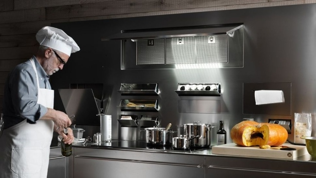 Küchen Utensilien in künstlerischer Ästhetik -Artematica von Valcucine - kuchen utensilien artematica inox valcucine