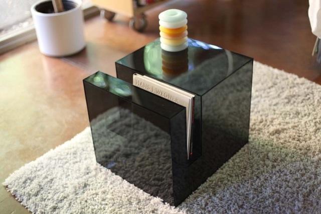 der transparente acryl beistelltisch von eric pfeiffer -