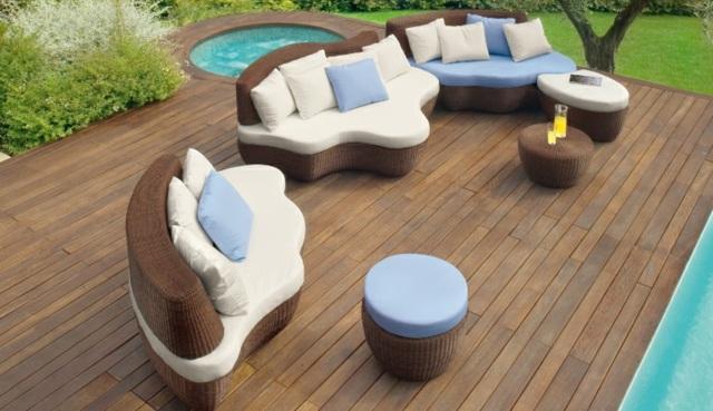80 Ideen Für Gartentisch Design   Gemütliche Sitzgruppe Arrangieren   Gartentisch  Design Ideen Garten Gestaltung