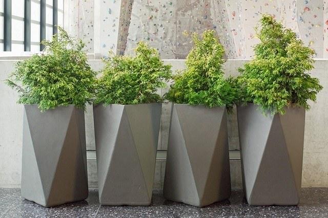 Pflanzgefasse Im Garten 56 Ideen Fur Eine Kunstvolle Gartengestaltung