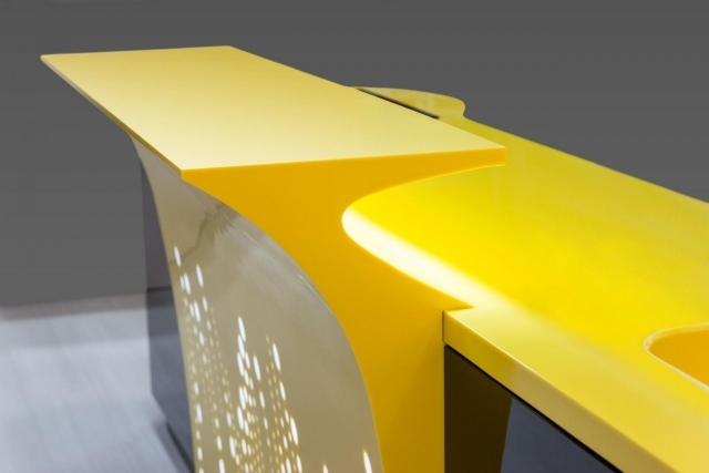 Moderne Kücheninsel Aus Dem Innovativen Mineralwerkstoff Hi Macs®   Moderne  Hi Macs Kuche Insel