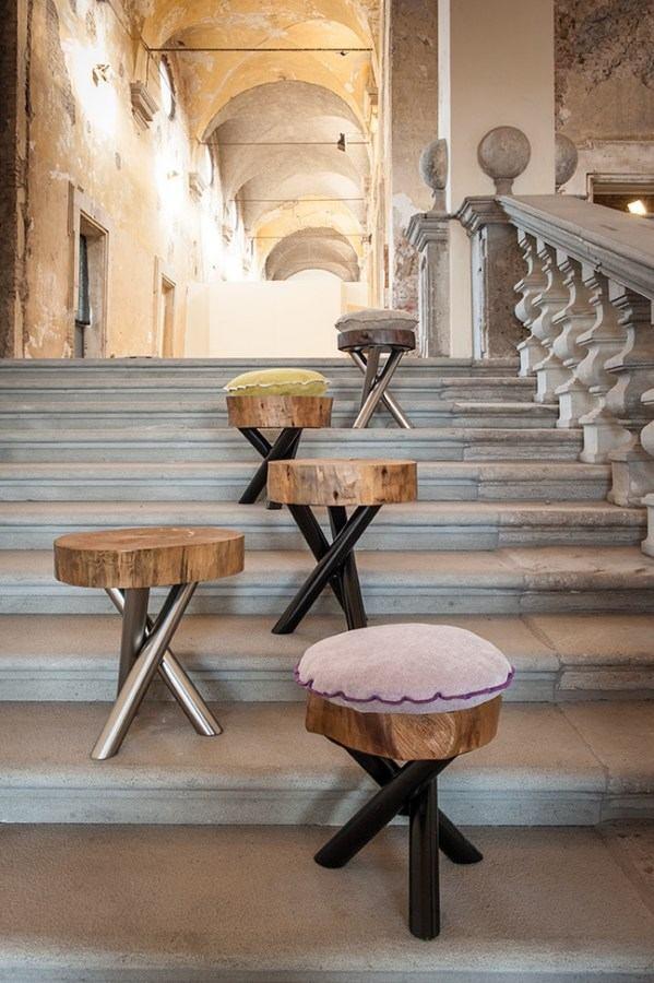 Designer-Möbel aus Baumstämmen -  - designer stuehle metall baumstamm
