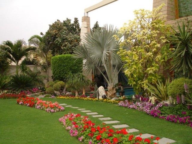60 Ideen und Beispiele für eine schöne Gartenweg Gestaltung - gartengestaltung ideen beispiele