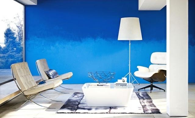 Wohnzimmer Wandgestaltung mit Farbe-Ombre Wand streichen - wande streichen farbe
