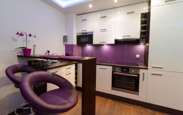 ... Küche Wandgestaltung   Farbiger Glas Spritzschutz   Kuche Wandgestaltung  ...