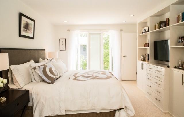 ... Kleines Schlafzimmer Mit Großer Fensterfront Einrichten   Kleines  Schlafzimmer ...