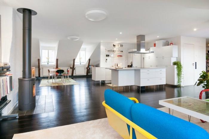Wohnwand Dachschrage ~ Home Design und Möbel Ideen - schrage steinwand wohnzimmer