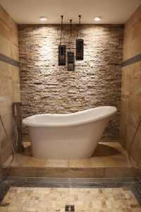 Steinfliesen an der Wand im Badezimmer - 30 Ideen