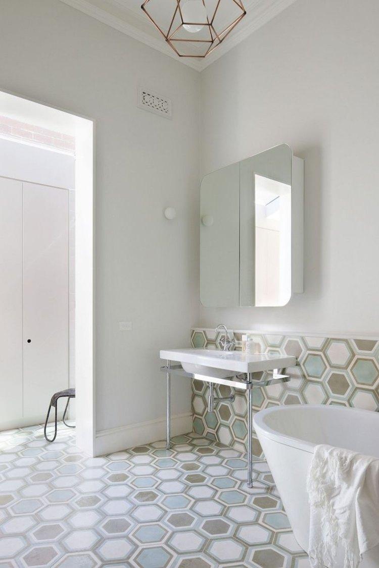 Beispiele badezimmergestaltung 76 inspirierend fotos von for Badezimmergestaltung fotos
