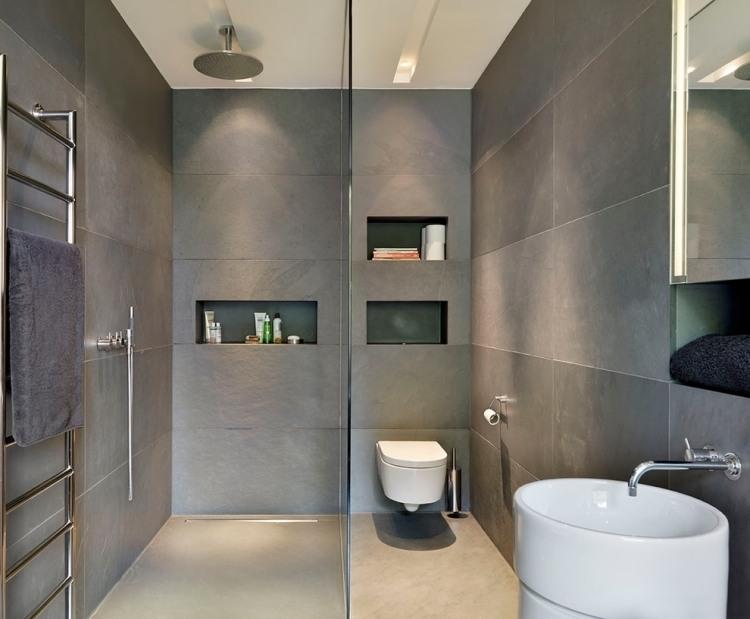 Ebenerdige Dusche in 55 attraktiven modernen Badezimmern - badezimmer konsole