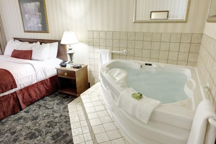 Ungewöhnlich Schlafzimmer Mit Whirlpool Wohnideen Bilder - Die ...